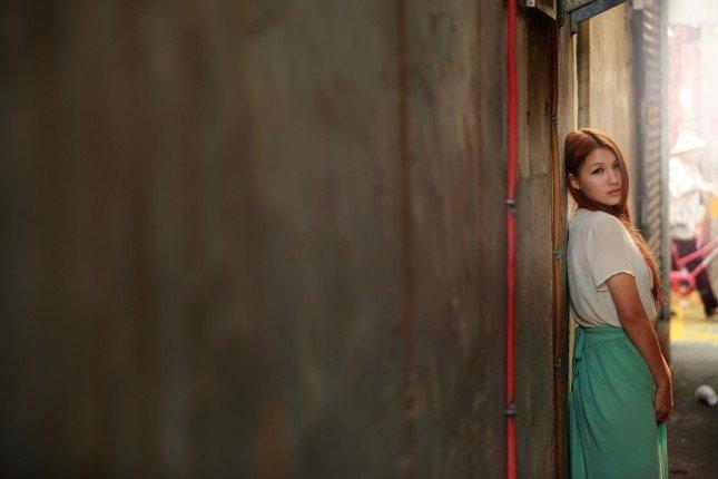 利用單純的牆面比例構圖,容易吸引觀看者的目光。