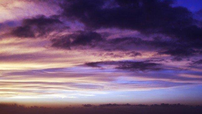 2 Photo by {link:http://fallen-angel-24.deviantart.com/art/Purple-smoke-120231657}~fallen-angel-24{/link}