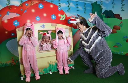智Fun小演員–以童話故事《三隻小豬》為主題,透過劇場表演,提升說話能力、專注力、自信心及創意。