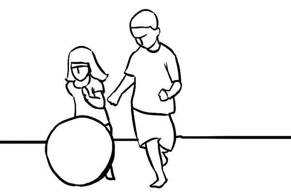 13 讓孩子到戶外跑跑跳跳並拍攝,你可以用高速快門來凝固動作,或是利用「Pan鏡」技巧來產生動態相片。