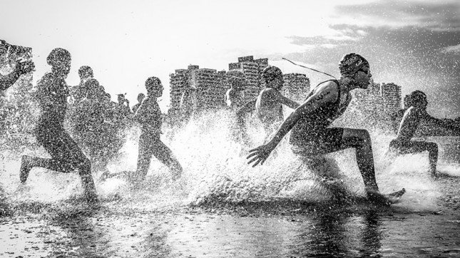 'brazil aquathlon' image © national geographic / wagner araujo