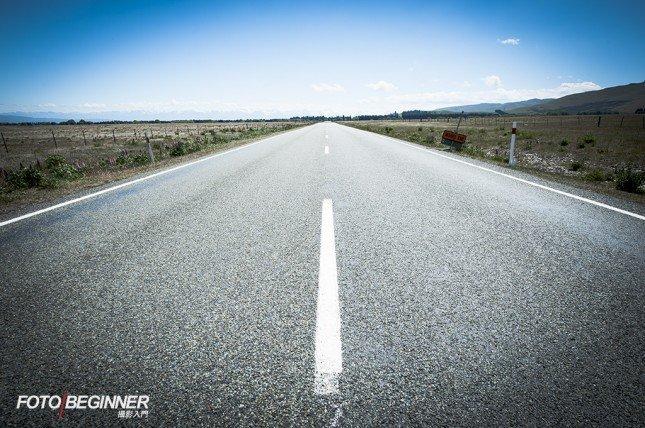 就算是一條馬路,我們也應該找一個合適的前景來作陪襯。