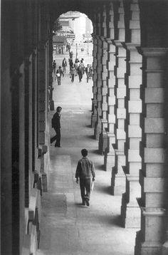HK GPO colonnade