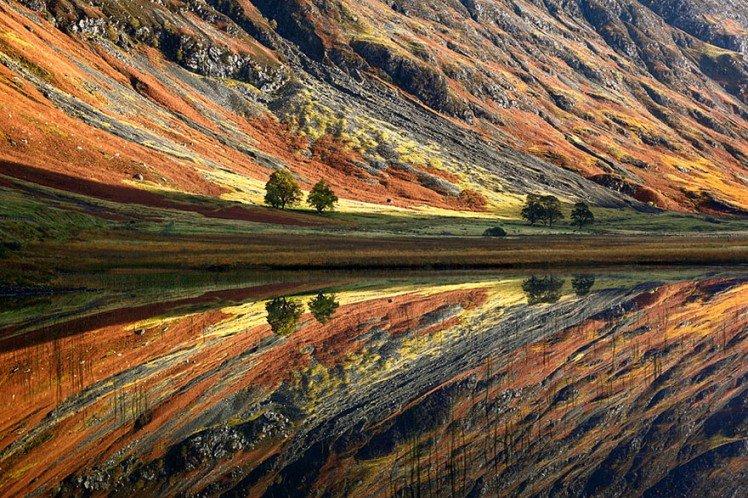 Photo by {link:http://www.boredpanda.com/scotland-landscape-photography/} Michal Vitasek{/link}