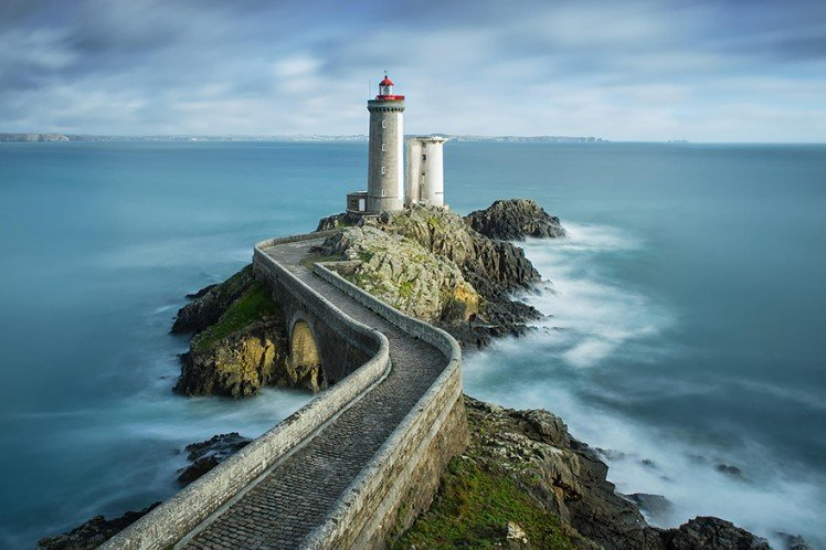 Photo by {link:http://500px.com/photo/70110473/phare-du-petit-minou-by-stefan-cruysberghs?from=editors&only=Landscapes}Stefan Cruysberghs{/link}