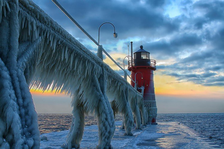 Photo by {link:http://500px.com/photo/42777414/ice-beast-by-charles-anderson?from=editors&only=Landscapes}Charles Anderson{/link}