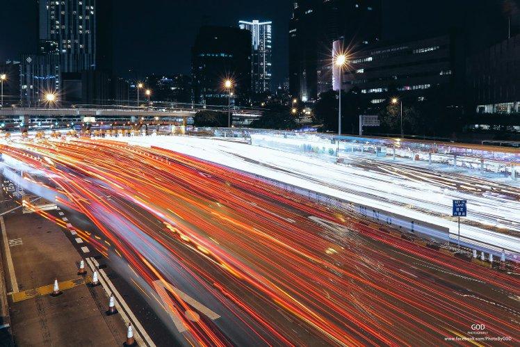 快門:5s、光圈:f/16、ISO:200 疊相時間為3分鐘