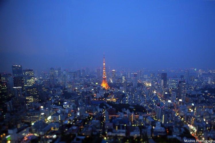 東京六本木hills百萬夜景在移軸效果下增添幾分夢幻