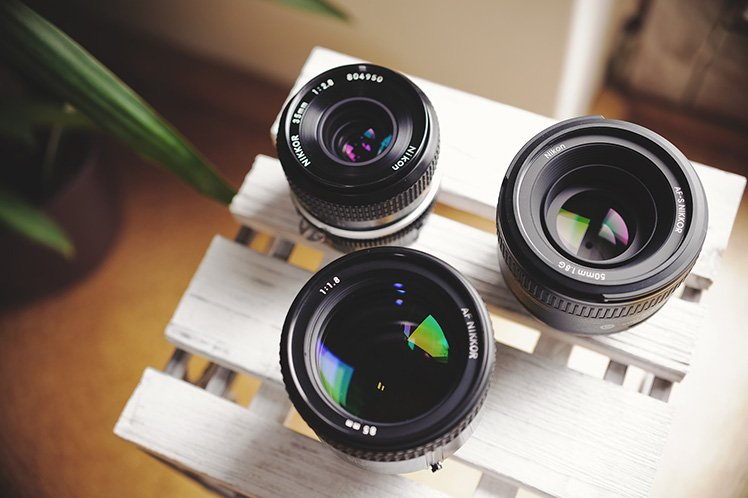 圖為Nikon的定焦鏡頭。(Photo by {link:https://www.flickr.com/photos/hansel5569/8664804967}55Laney69{/link}
