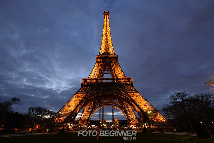 利用「2秒自拍」功能可以代替快門線拍出清晰的相片。 (Photo by Ahpo Ho)