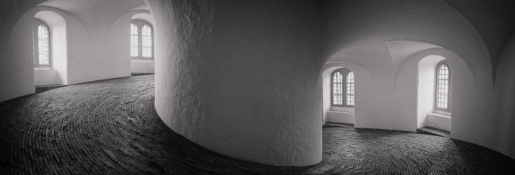 inside-the-round-tower-copenhagen_11237983176_o